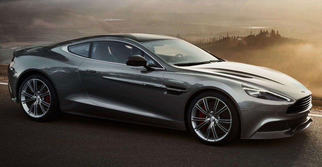 Aston Martin DB10, la star automobile de James Bond Spectre